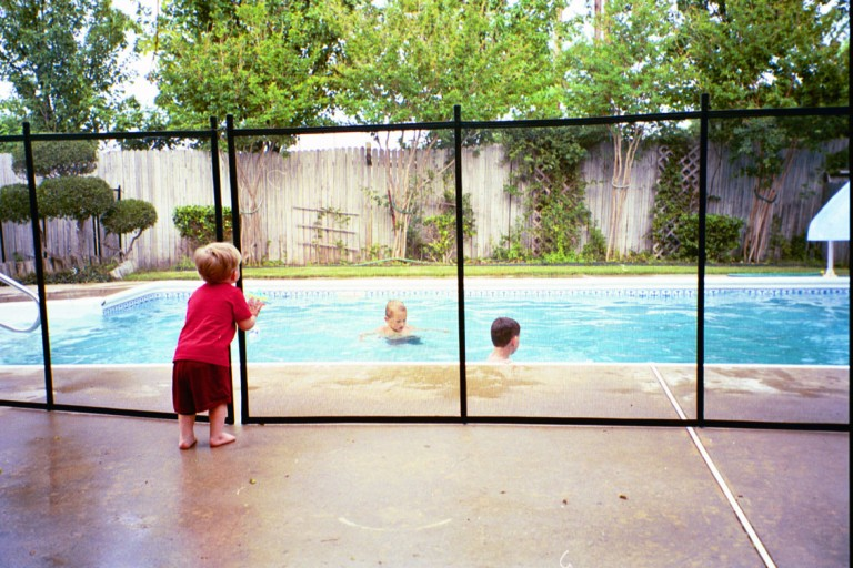 Swimming Pool Child Safety Fence Best Fence Design 2018
